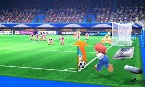 Screenshot: Mario auf dem Fußballfeld, bereit einen Eckball zu schießen.
