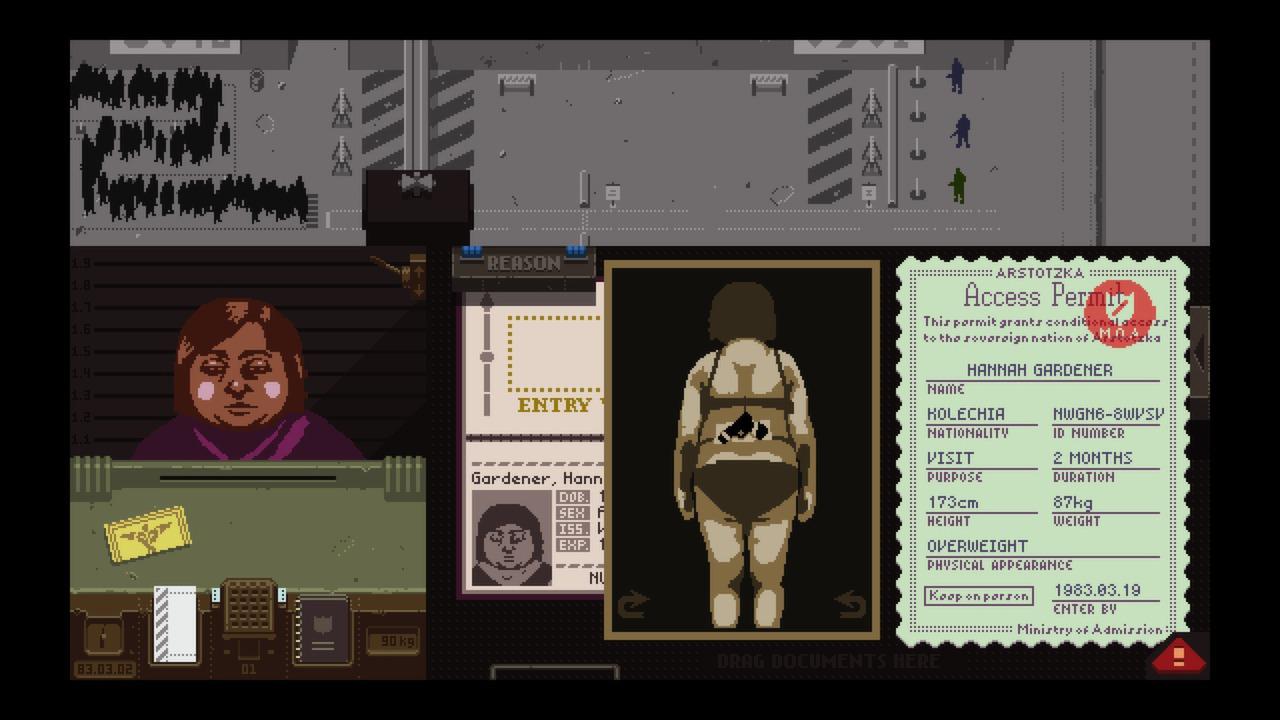 Bild des Spielmenüs; Eine Frau steht am Zollschalter und hat eine am Rücken versteckte Pistole, die durch einen Scan angezeigt wird.
