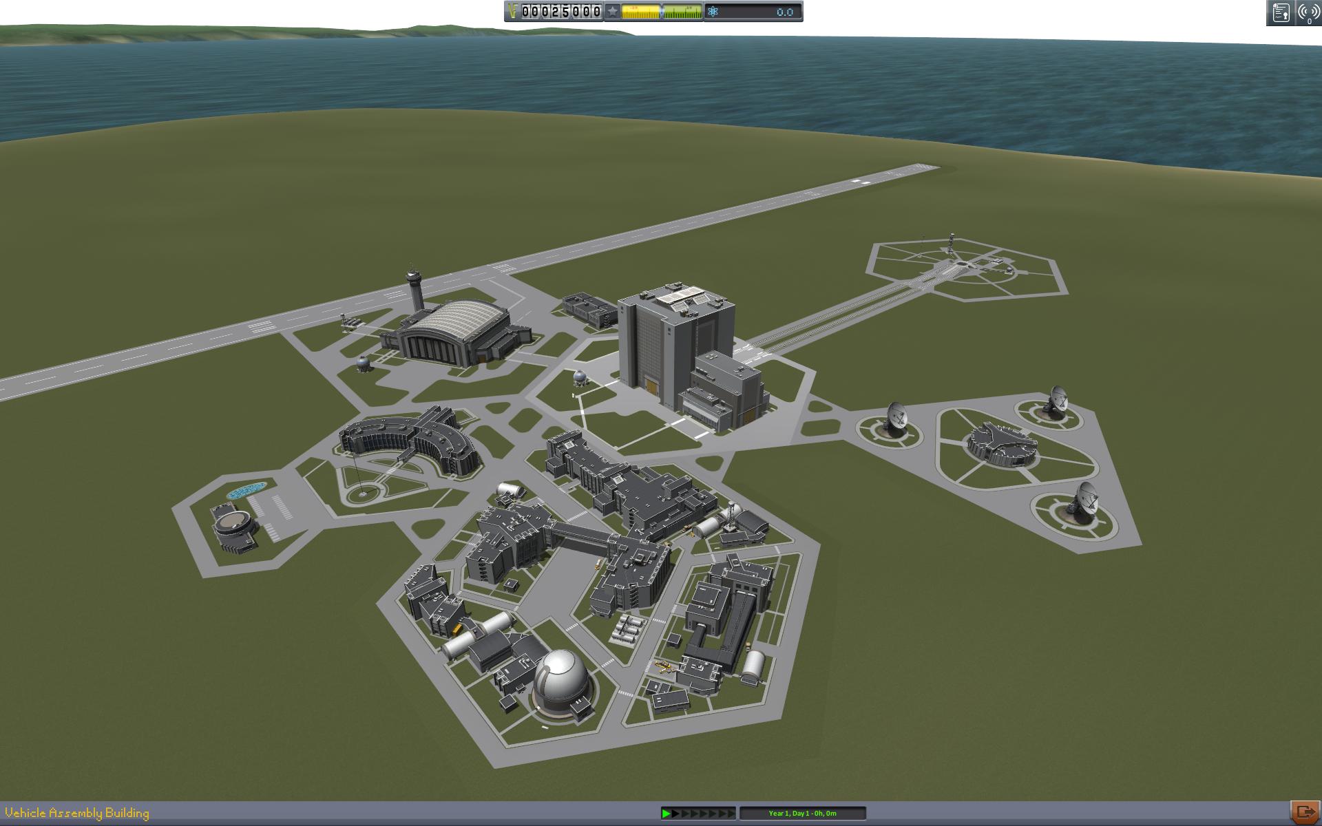 Am Screenshot sieht man das Kerbal Space Center aus der Vogelperspektive.
