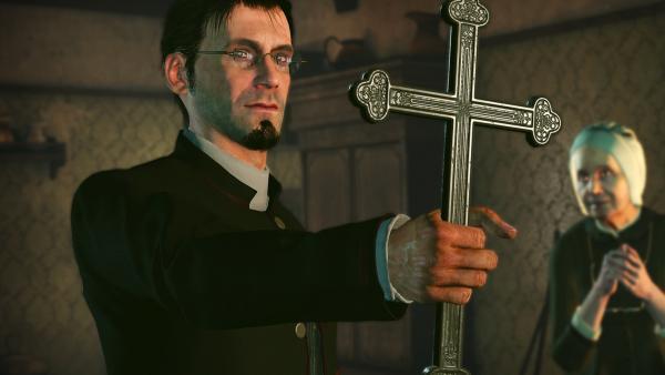 Screenshot: Ein Priester hält ein Kreuz hoch