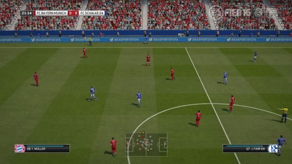 Screenshot: Fußballspiel gesamtes Feld