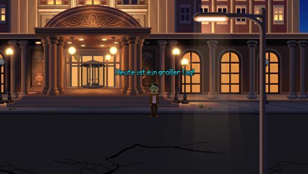 Screenshot: Ein Mann mit Schnauzbart und Brille vor einem Hoteleingang.