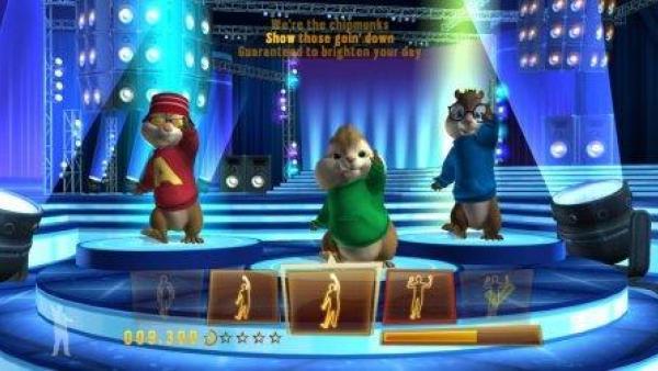 Die Chipmunks tanzen in einem Tanzstudio.