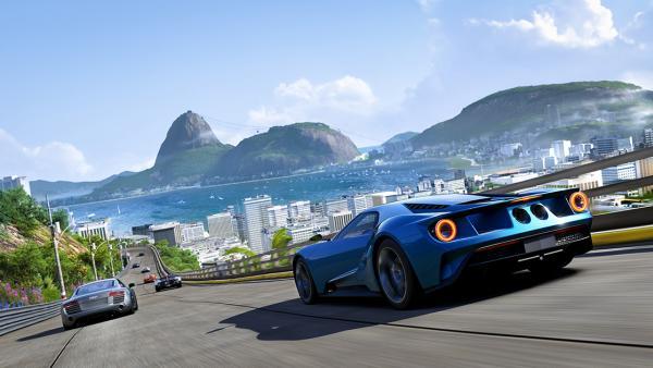Screenshot: Rio de Janeiro im Hintergrund des Rennens