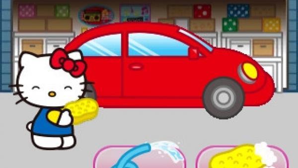 Kitty wäscht Auto