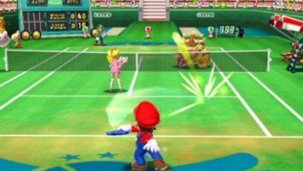 Mario spielt ein Doppel mit Prinzessin Peach.