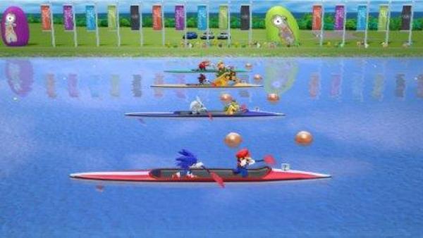 Mario und Sonic rudern in Kanus.