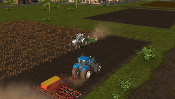 Screenshot: Felder werden mit Maschinen bewirtschaftet