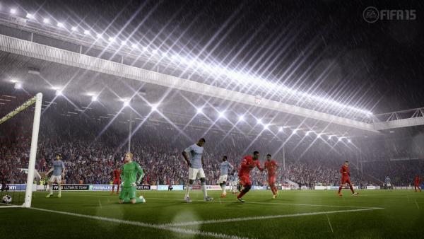 Stadium in der Nacht, Flutlicht. Brenzlige Situation vor dem Tor. Viele Spieler beider Mannschaften auf engem Raum