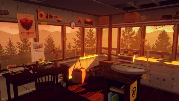 Screenshot: Blick in den Arbeitsraum der Spielfigur in einem Aussichtsturm.