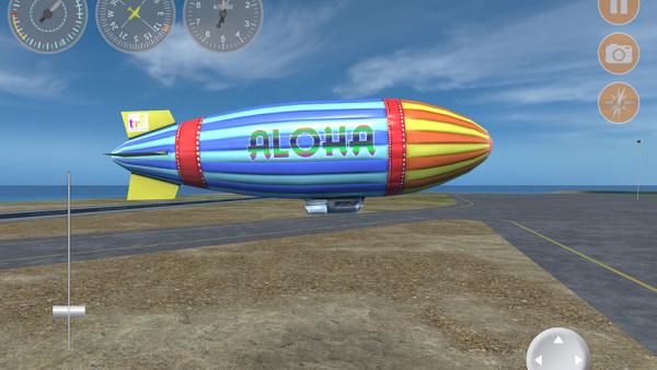 """Screenshot: Zeppelin auf einer Landeschrift mit der großen Aufschrift """"Aloha"""""""