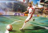 Spieler schiesst einen Fußball