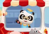 Screenshot: Dr. Panda schaut aus seinem Eiswagen heraus.